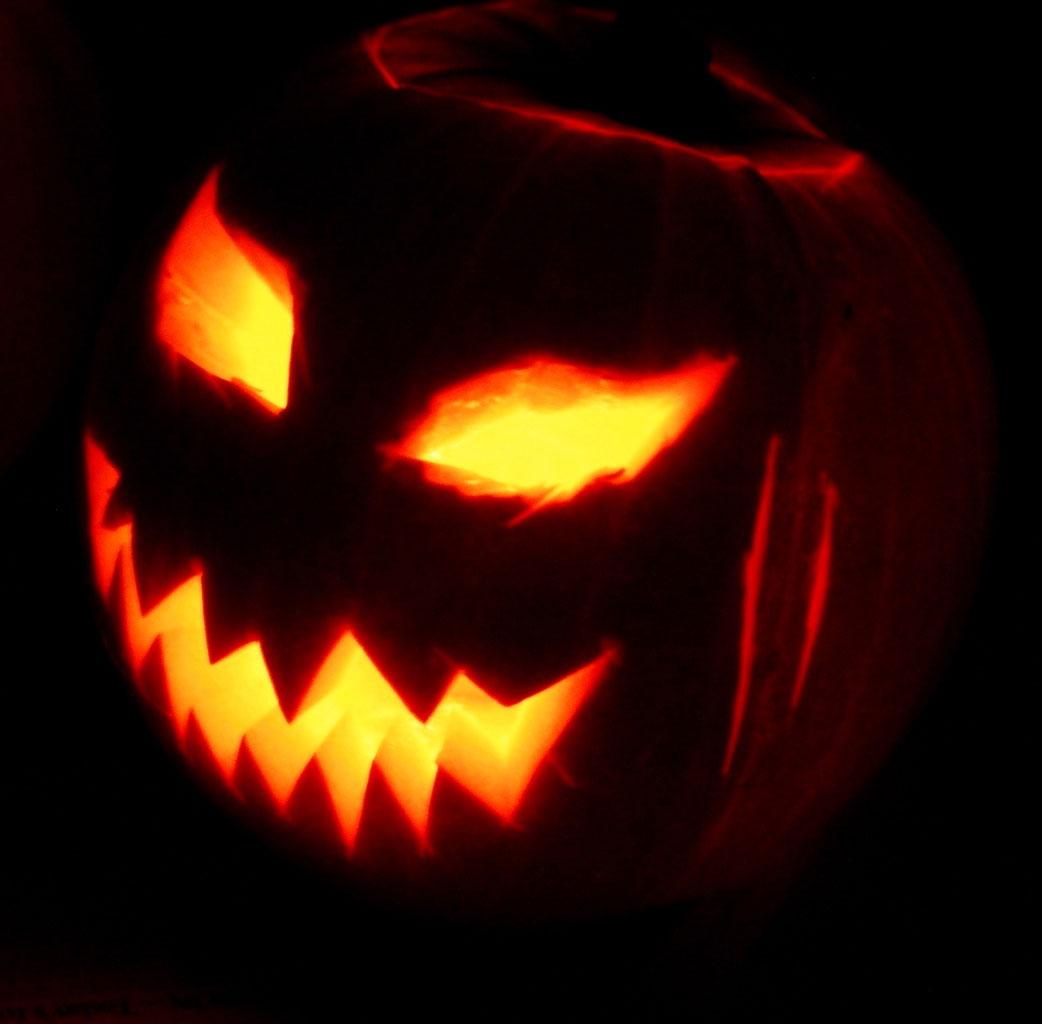 Bildergebnis für Halloween Kürbis Schnitzen Vorlage