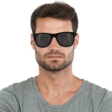 Navaris Wayfarer Sonnenbrille UV400 - Damen Herren Holz - Brille mit Bambus Bügeln - Holzbrille mit Etui - unterschiedliche Farben - 6