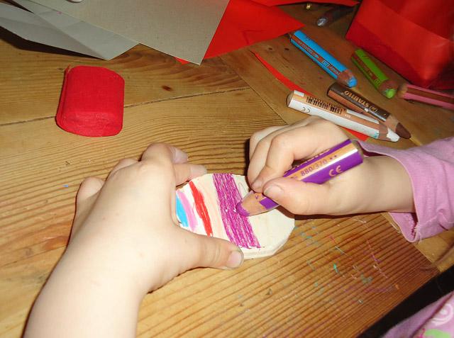 Osterei selbst bemalen - auch für kleine Kinder kein Problem